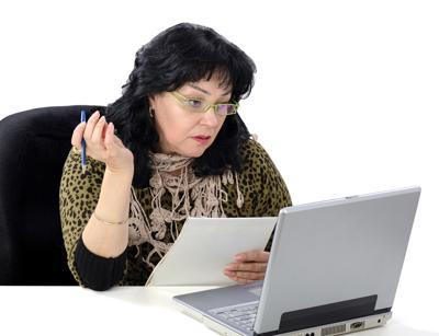 woman viewing online class PDC
